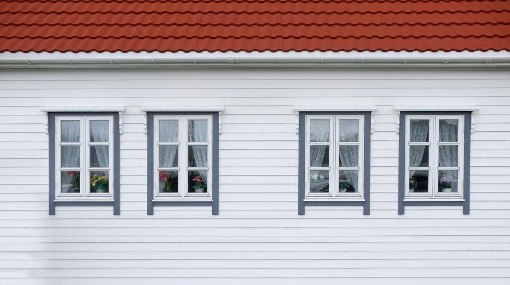 fachada (photo by steinar-engeland-unsplash)