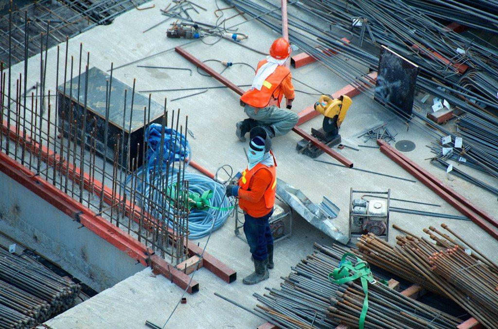 Preparando los cimientos(Photo by Etienne Girardet on Unsplash)