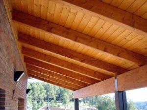 Tejados y porches de madera